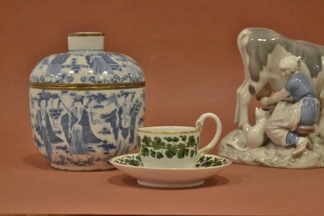 Europäisches und asiatisches Porzellan ©2015 Kunst & Antiquitäten Fedelhören 9, Bremen